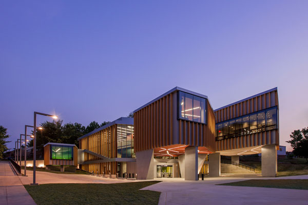 Bellevue Library. Photo by Jeff Sauers.