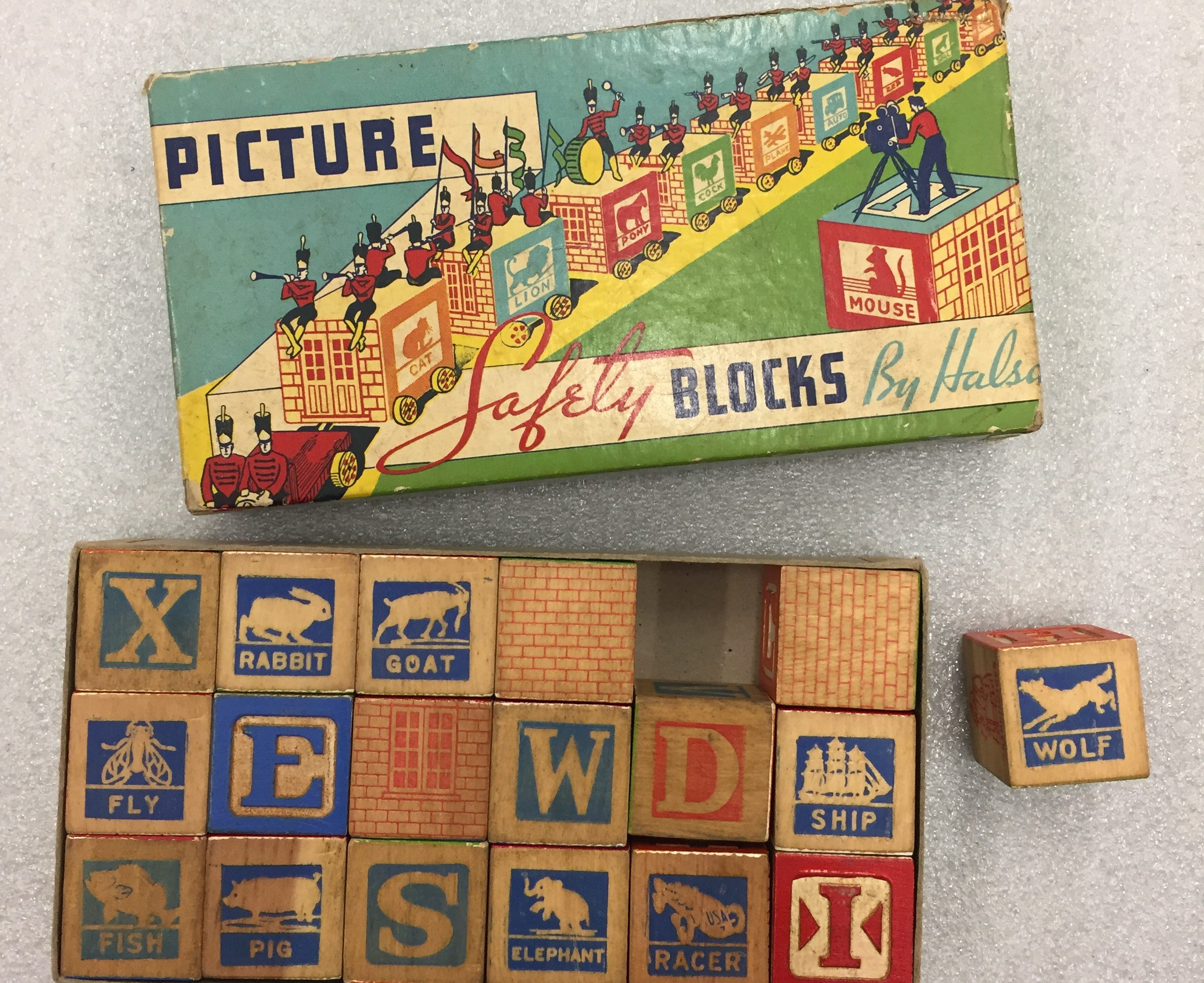 Picture Safety Blocks; Architectural Toy Collection