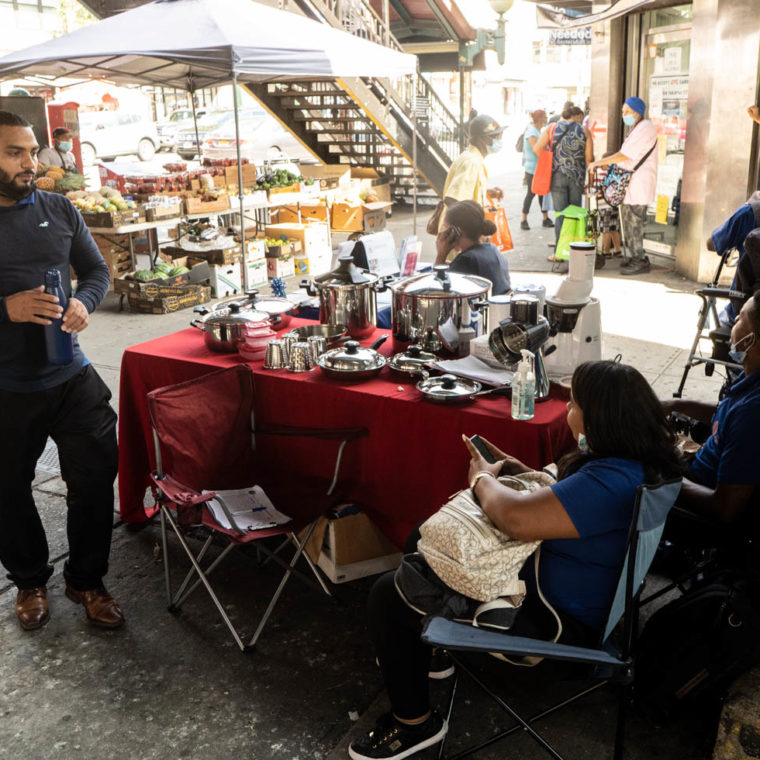 September 3, 2020: Selling pots, pans, and other kitchen utensils. Jerome Avenue at East Fordham Road, Bronx, New York. © Camilo José Vergara