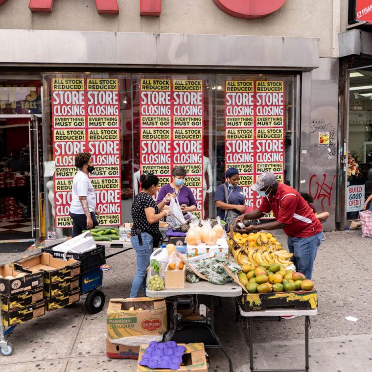 August 7, 2020: Dr. Jay's, 410 Westchester Avenue, Bronx, New York. © Camilo José Vergara
