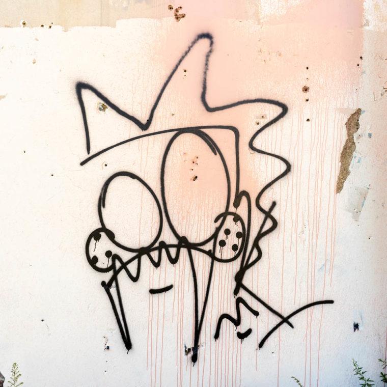 September 30, 2020: Crowned and masked figure. Springfield Avenue at Bedford Street, Newark, New Jersey. © Camilo José Vergara