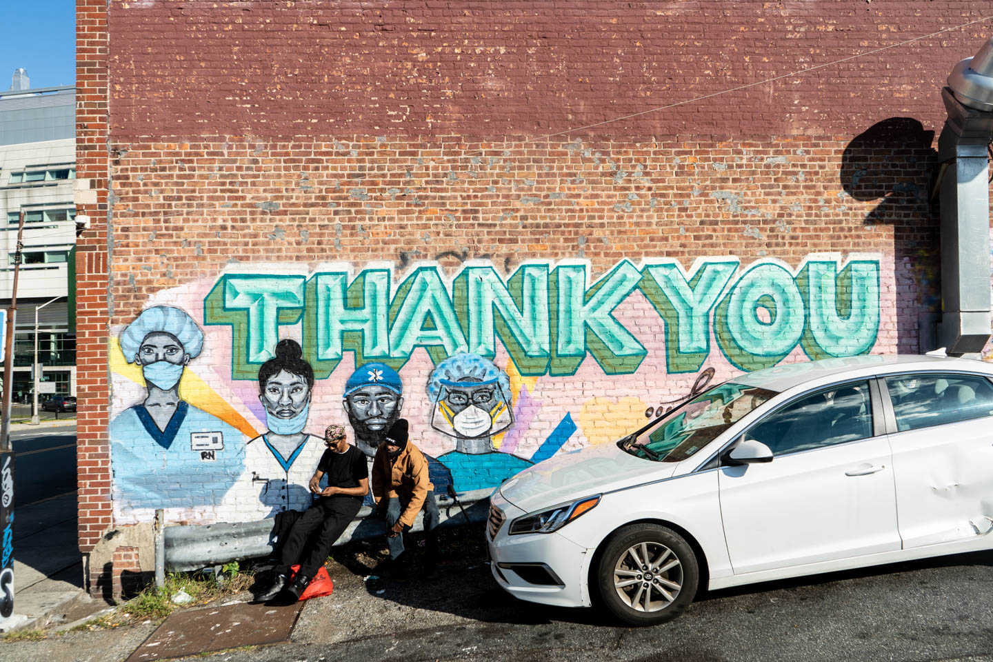 September 30, 2020: Thank You to Hospital Workers mural by the Down Neck Arts Collective; adjacent to University Hospital on South Orange Avenue at Bergen Street, Newark, New Jersey. © Camilo José Vergara